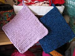 Simple_crochet_mats_cloths_2_colors_small