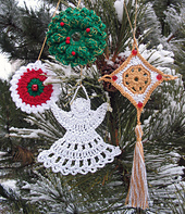 Crochet_ornaments_outside_on_pine_small_best_fit