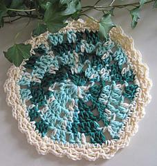 Wedgy_edgy_dishcloth_dk_green_vari_res_small