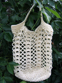 Go_green_lacy_shell_bag_2_small2