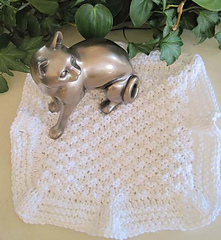 Touch_o_ruffle_dishcloth_white_w_cat_small