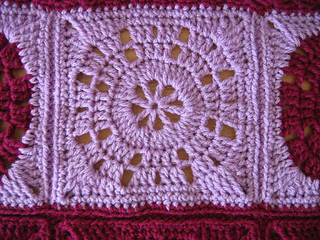 Wheel_square_closeup_iced_violet_small2