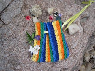 Kids_rainbow_treasure_bag_1_small2
