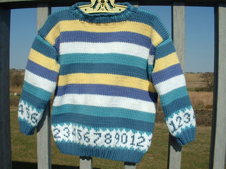 Kylers_123_sweater_deck_close_small2
