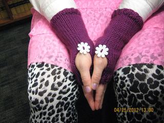 Knitting_225_small2