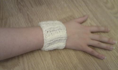 Wrist_warmer_medium