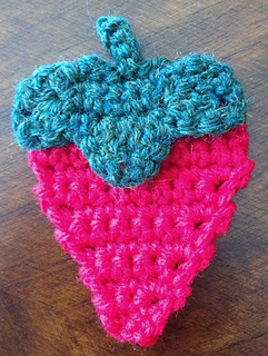 Strawberry_applique_together_small2