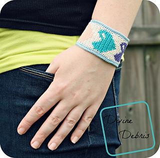 Heidi_bracelet_1000x992_small2