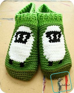 Shelia_sheep_slipper-socks_798x1000_small2