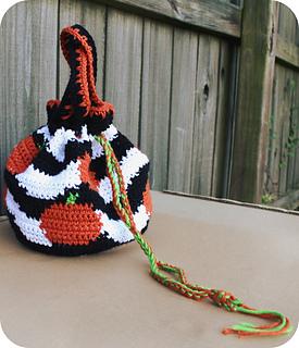 Trippy_pumpkins_858x1000_small2