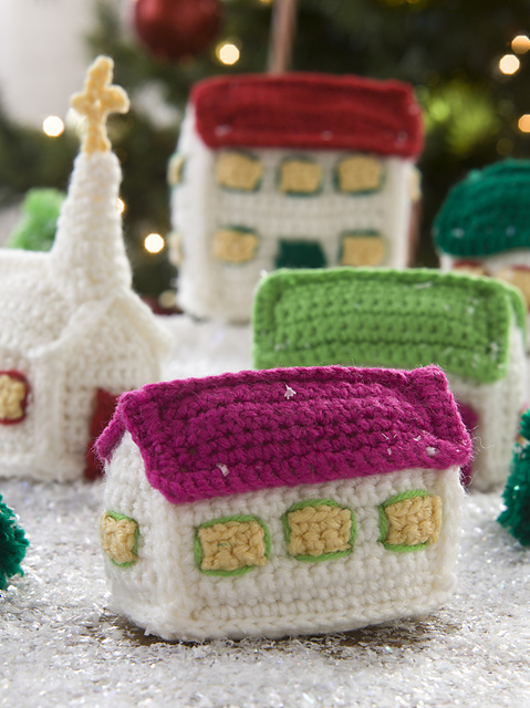 knitted gingerbread house ravelry red heart eb116 decorate and celebrate 30 merry ideas