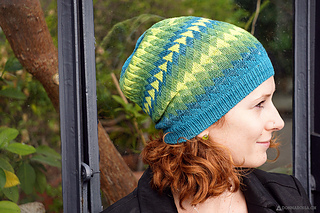 Dingle_hat_donnarossa_designs-side_view_small2