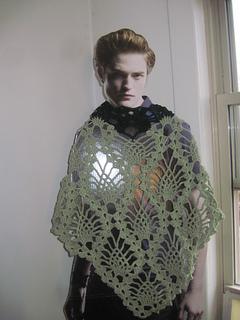 Green_pineapple_shawl__4__small2
