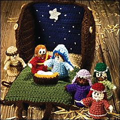 Crocheted_creche_300_small