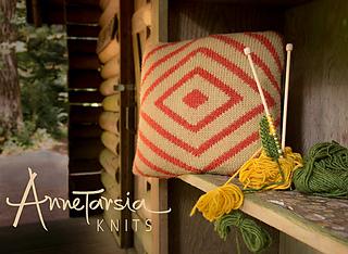 10bill-pillow-namanu-3391-3-copy_small2