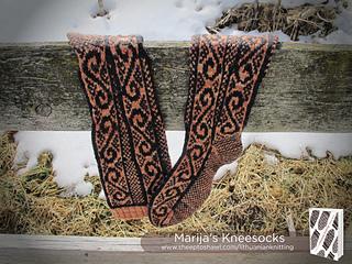 Lkct_marijas_kneesocks_img_5317-logolarge_small2