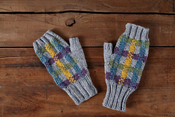 Full_8058_190236_plaidmitts_1_small_best_fit