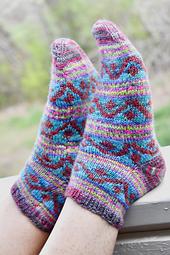 Druchunas-knitty-fall-2017-socks21_small_best_fit