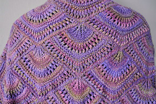 Nocturne-shawl-bk_small2