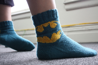 Batman Knitting Chart Pattern : Ravelry: Batman Logo Chart pattern by Elizabeth Thomas