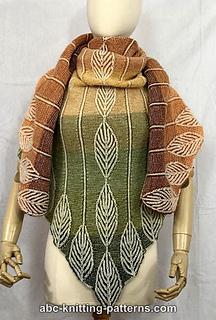 Ravelry: Brioche Leaves Gradient Shawl pattern by Elaine