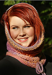P3_crocheted_eyelet_cowl_small_best_fit