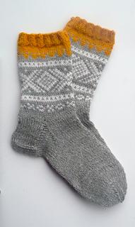 59c1f677 Ravelry: Marius-sokker pattern by Unn Søiland Dale