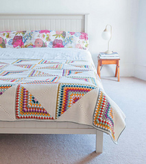 Crochet_home_-_granny_chic_pinwheel_blanket_beauty_image_small
