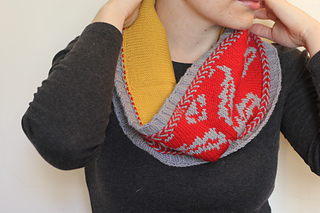 Wallpapercowl3valleyyarnsnorthfieldemmawelfordhollaknits_small2