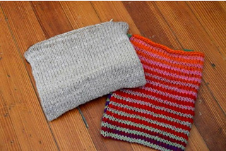 Both_pouches_small2
