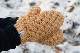 Bulky_mittens_crochet_pattern_design__16_of_20__small_best_fit