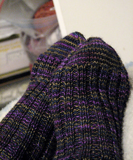 Continental-ribbed-socks_fo1_small2