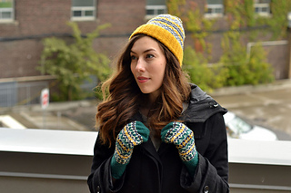 Mitten-and-hat-must-use-web_small2