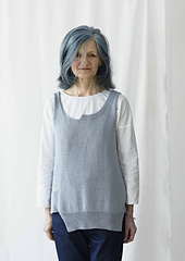 Studio_linen_bluebird_model_small