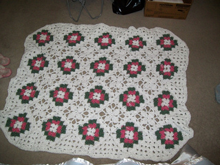 Granny_square_roses_3_small2