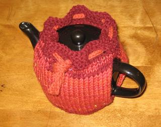 Teapot_sweater_3_small2