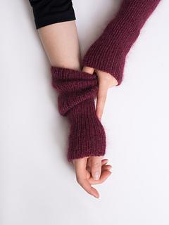 Shibui-knits-tos-armwarmers-2519-edit_small2