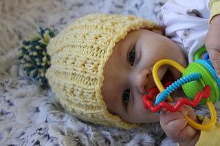 Kids_banana_beanie_1_small2
