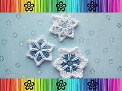 Snowflakes_small