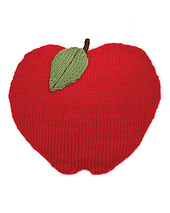 Ykl10_applepillow_006_1cc_0_small_best_fit
