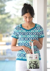 Delft-tiles-tee-2_small_best_fit