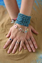 La_plage_bracelet_small_best_fit
