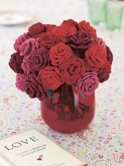 Womans-weekly-crochet-roses_small