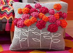 Crochet_flower_cushion_1836a66-1836a7b_small
