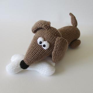 Bangers_the_sausage_dog_img_0380_small2