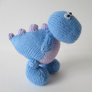 Dippy_the_dinosaur_img_0702_small2