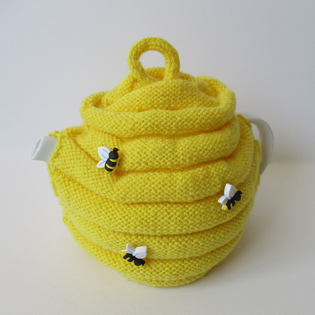 Ravelry beehive tea cosy pattern by amanda berry dt1010fo