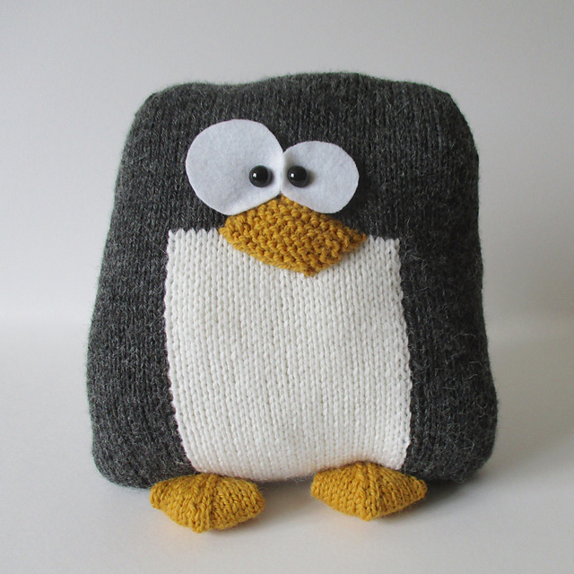 Ravelry Penguin Cushion Pattern By Amanda Berry