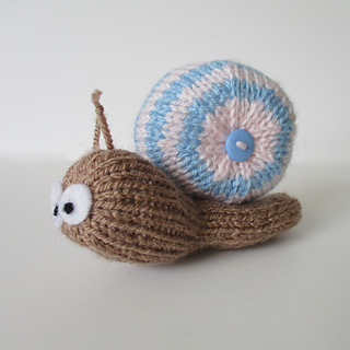 Shellby_the_snail_img_3833_small2