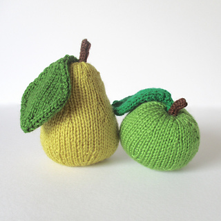 Apple_and_pear_img_5586_small2